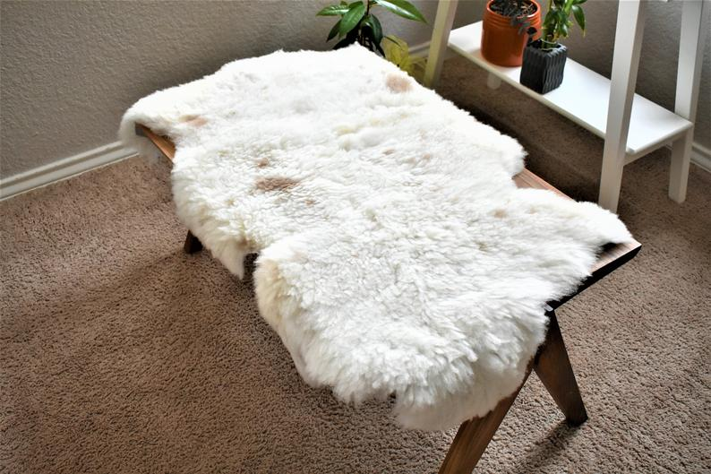 Mountain Decor Eco-Friendly Sheepskin Rug, Ethically Sourced,Beige Wool