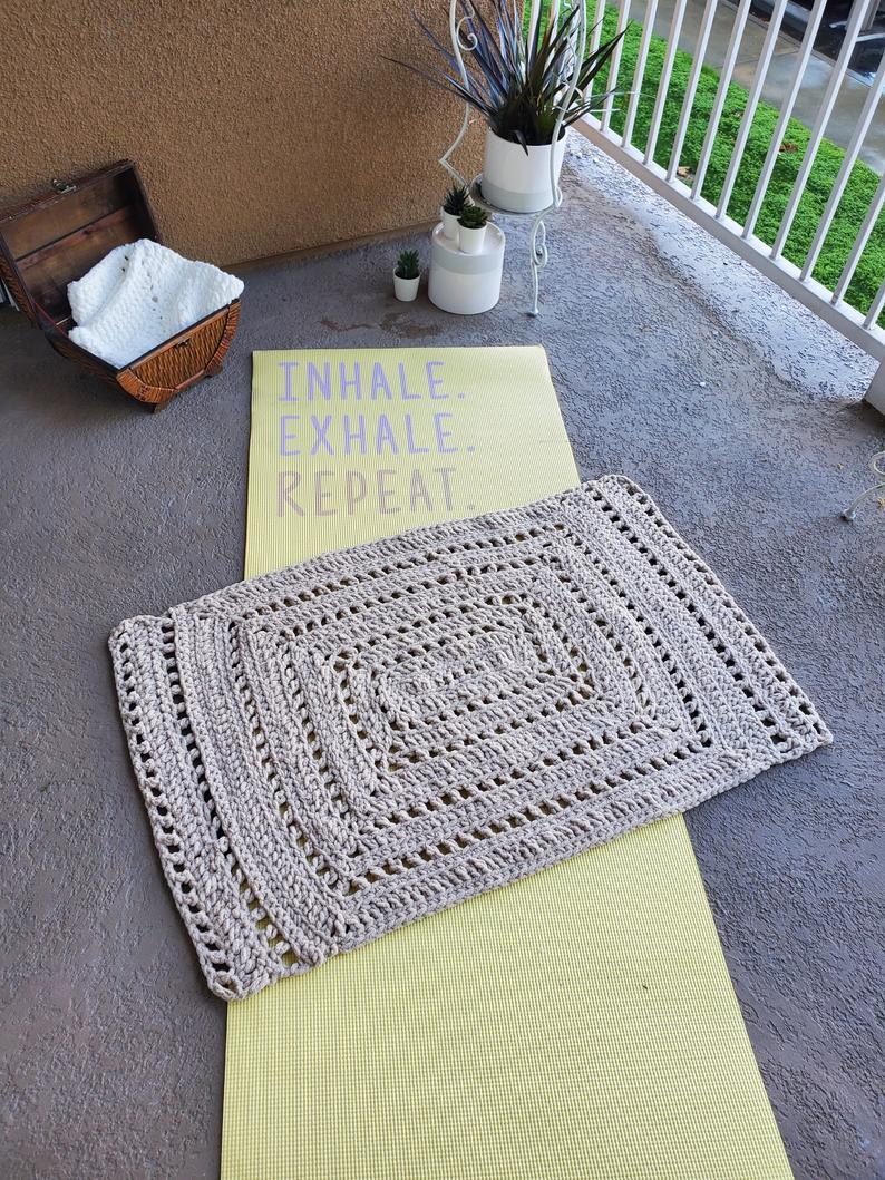 Crochet Meditation Mat – Regular Size