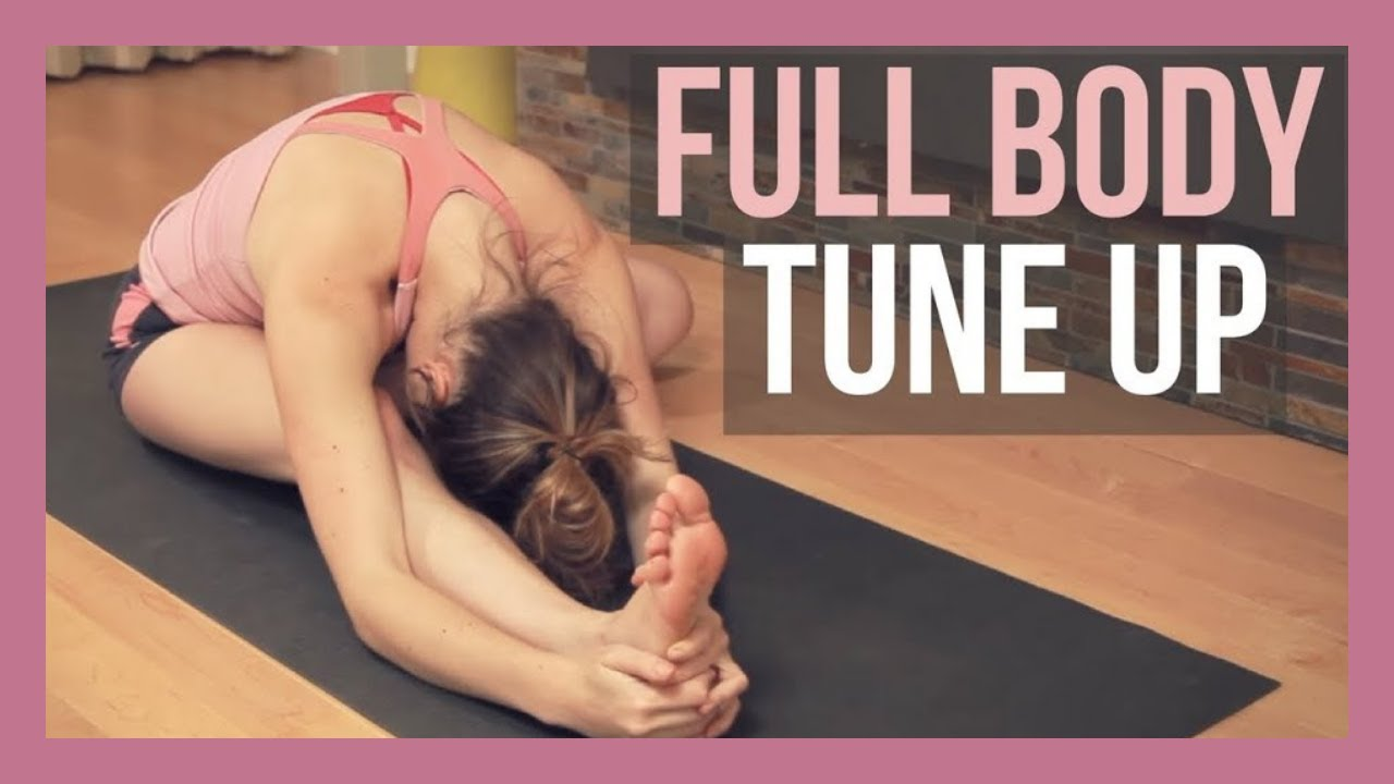 30 min Full Body Yoga Tune Up – Slow Flow Yoga Stretch