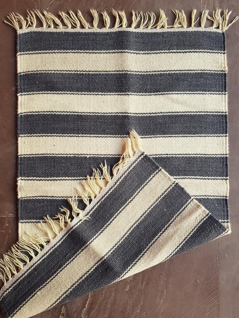 Striped Reversible Kilim Area Rug / Meditation Yoga Mat Asana / Handloom Indian Rug