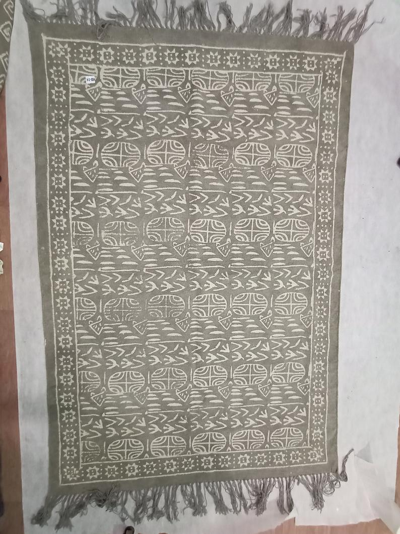 Cotton Rug Handmade Rug Woven Rug Carpet Rug Area Rug Floor Rug Home Decor Rug Runner Rug White Rug Floral Rug Indian Rug Dari Rug