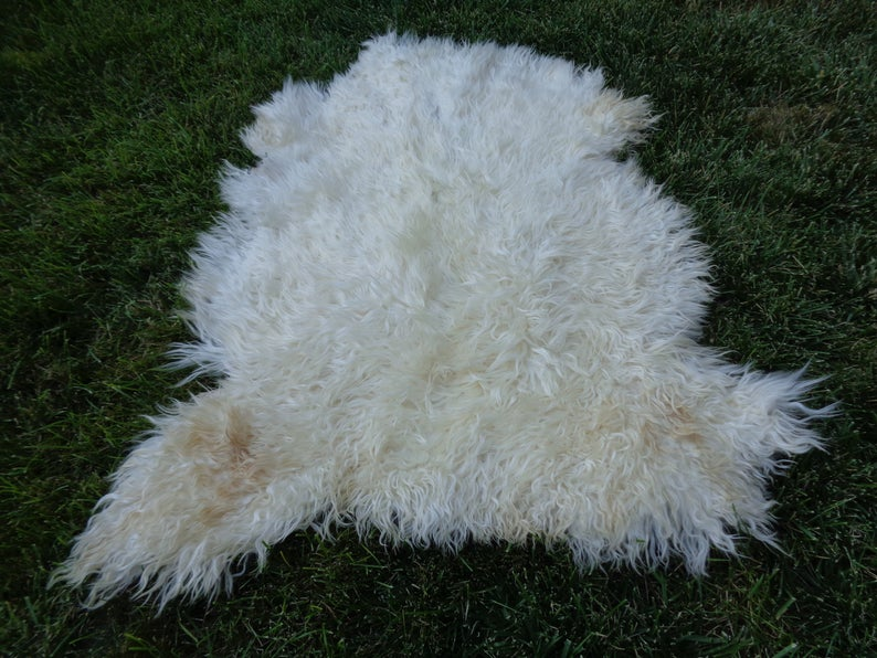 "Goatskin Rug,Long Hair Angora Animal Leather,Silky Touch Pelt Fur,Pet Bed For Cat 3′ 8"" X 3′ 3"" Cozy Hide Throw,Disinfected Organic Skin"