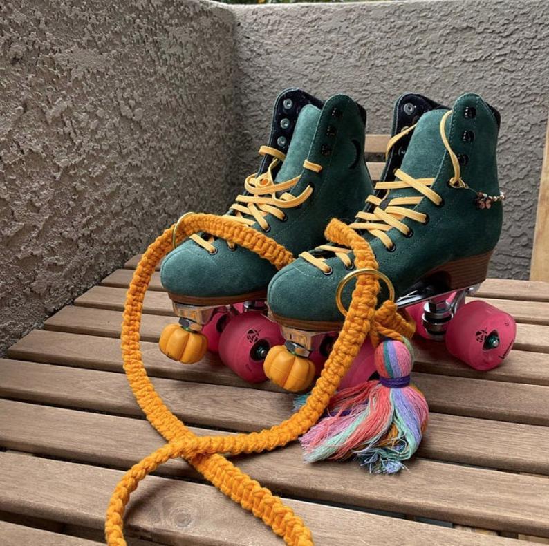 Roller skate accessory, Skate leash, Roller skates leash, Custom color macrame skate leash, Skate strap,  Skate board strap, Macrame strap.