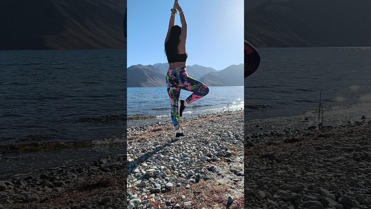 Quick Morning Stretches | Hot Yoga Pose | Easy Yoga for Beginners | Pangong Tso #pangonglake