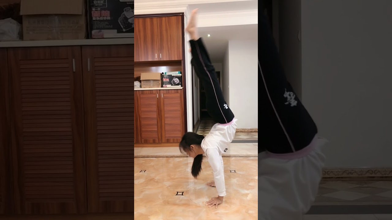 Yoga for Beginners 🧘🤸♀️ Easy Yoga at Home