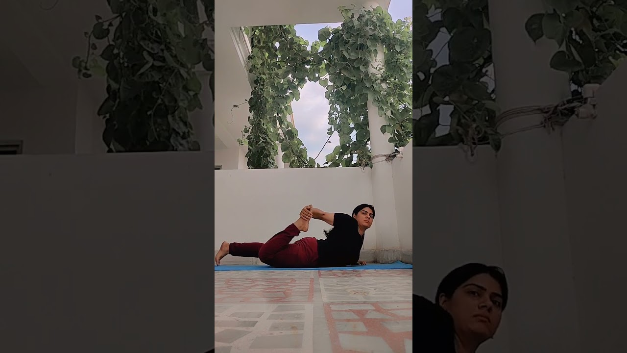 what is easiest yoga for beginners at home: workout at home
