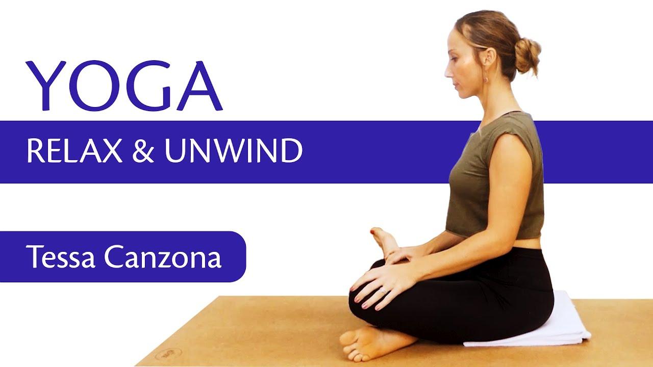 Bedtime Yoga Flow | Improve Sleep, Relax & Unwind, 20 Minute Routine!