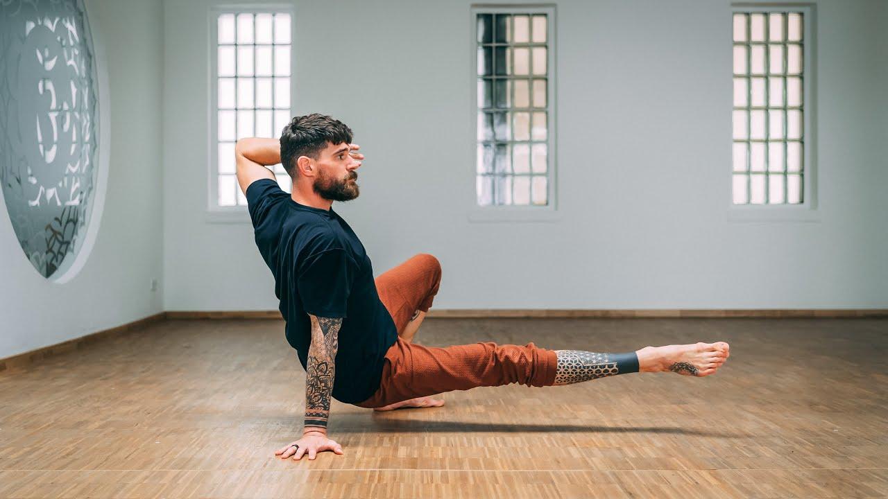 20 Minutes Primal Functional Movement Yoga Practice